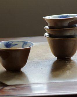 民國醬釉內青花金魚杯 (一套四隻)
