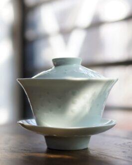 80年代景德鎮白瓷米通(玲瓏)蓋碗